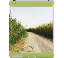 Wildlife Reserve print  iPad Case/Skin
