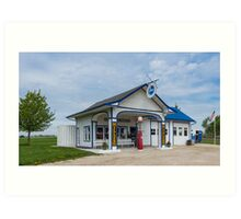 A restored Standard Oil gas station on Route 66 in Odell, Il Art Print