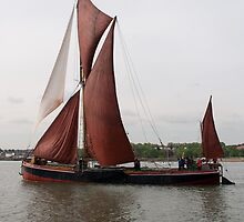 Sailing Barge 'Repertor'. by Paul Woloschuk