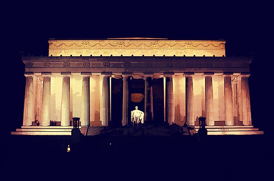 Lincoln Memorial Night by Fredy Soberanis