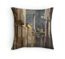 The angel and the priest Throw Pillow