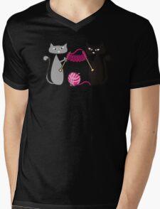 Knitting needles cats with yarn t-shirt Mens V-Neck T-Shirt