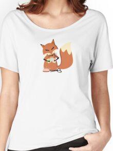 Cute fox seamstress sewing thread scissors Women's Relaxed Fit T-Shirt