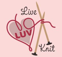 live love knit knitting needles heart yarn by BigMRanch