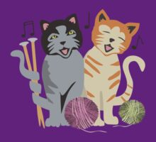 Singing cats knitting needles yarn T-Shirt