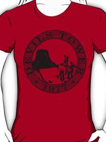 Devils Tower, 1977 (Grey Print) T-Shirt