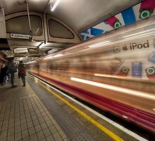 Speed of light- London Underground by expo15