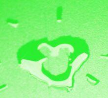 Wet heart - spring green Sticker