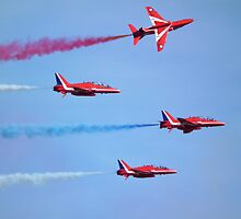 Red Arrows low fly past by Andy Jordan