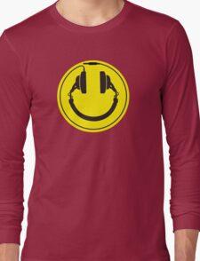 Headphones smiley wire plug Long Sleeve T-Shirt