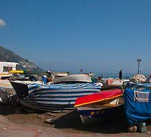 Italy - boats in Positano by zannadu
