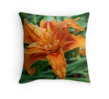 Double daylilly Throw Pillow