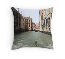 VENEZIA - DE DRIO AL CANAL MY  LOVE .... ITALIA  - EUROPA- VETRINA RB EXPLORE 6 GIUGNO 2013 -       Throw Pillow
