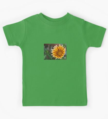 Close Up Tiger Gazania in Red, Gold and Green Kids Tee