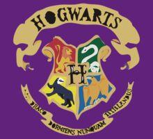 Hogwarts Crest by Rosalind5