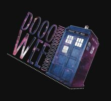 TARDIS T-SHIRT A by HizaChu