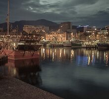 Hobart Harbour at night by pommieken
