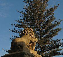 The Lion's Back by fajjenzu