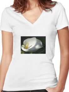 White Calla Lilies Over Black Background In Soft Focus Women's Fitted V-Neck T-Shirt