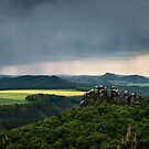 Elbsandstein Mountains by lesslinear