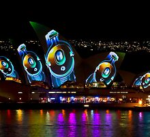 Headphone Sails - Sydney Vivid Festival - Sydney Opera House by Bryan Freeman
