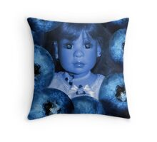 。◕‿◕。 4 THE LUV OF BLUEBERRIES JUST DON'T EAT 2 MUCH U MIGHT TURN BLUE LOL。◕‿◕。 Throw Pillow