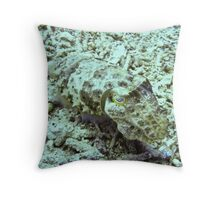 Cuttlefish - Gili Trawangan, Lombok Indonesia Throw Pillow