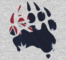 Oz Bear paw - true blue flag by BearYourArt