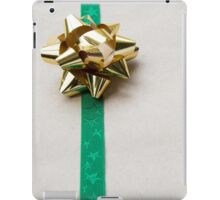 Gift Wrapped Bow and Ribbon on Recycled Paper iPad Case/Skin