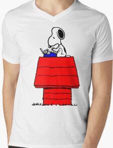 Typewriter Snoopy Mens V-Neck T-Shirt