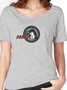 A M O K - pengu.i.an Women's Relaxed Fit T-Shirt