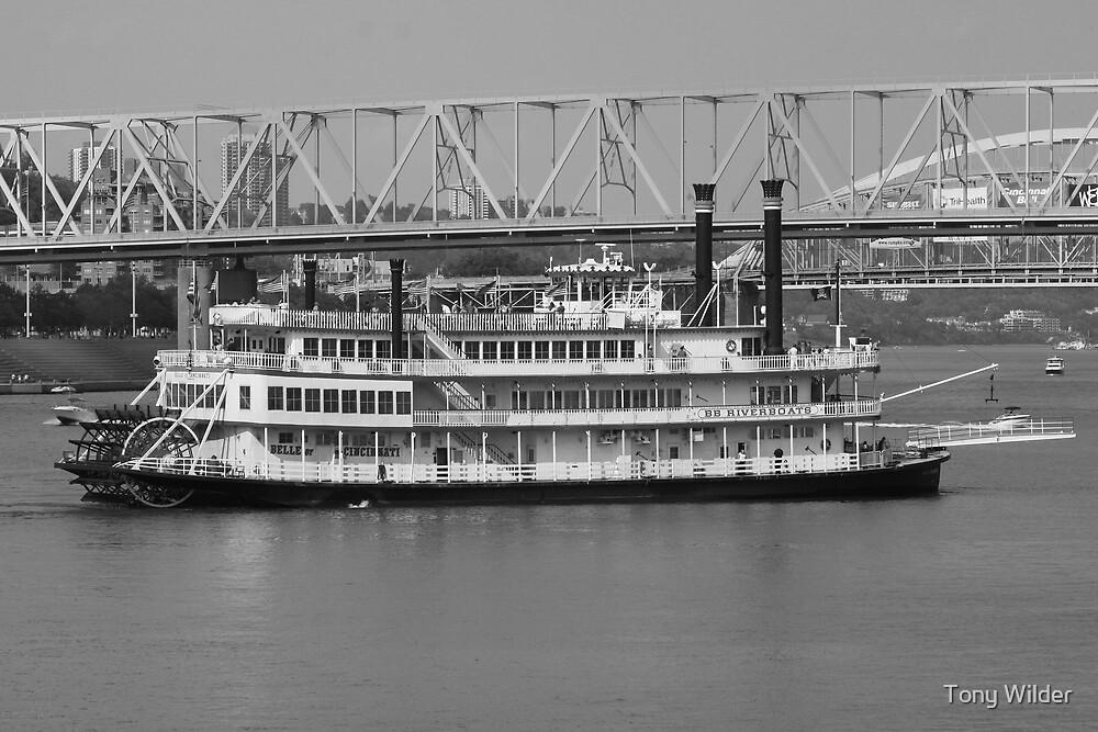 Belle of Cincinnati BW - BB Riverboats by Tony Wilder