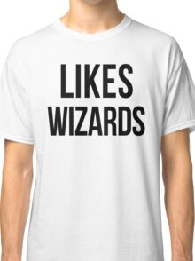 LIKES WIZARDS Classic T-Shirt
