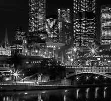 Princess Bridge & the Yarra River at night Melbourne. by Nicholas Griffin