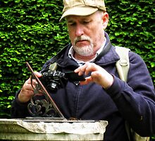Capturing the Sundial.  (simon) by Karen  Betts