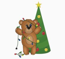 Cute Teddy Bear Tangled in Christmas Tree Lights Kids Clothes