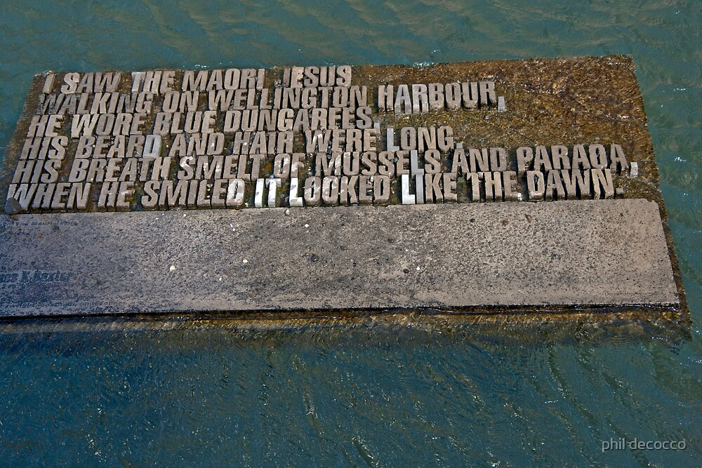Maori Poetry In Water by phil decocco