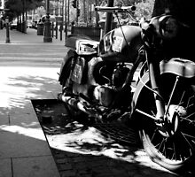 Budapest - A Motorbike by rsangsterkelly