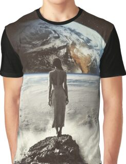 Crashing Waves Graphic T-Shirt