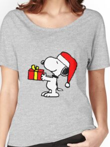 Snoopy has a Present Women's Relaxed Fit T-Shirt