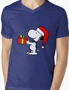 Snoopy has a Present Mens V-Neck T-Shirt