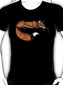 Curled Up Red Fox T-Shirt