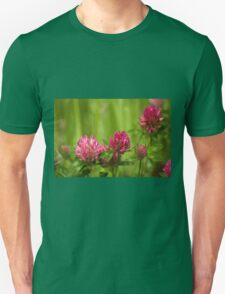 Simple beauty of red clover T-Shirt