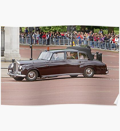 Prince Harry, Prince William & Kate arrive at Buckingham Palace Poster