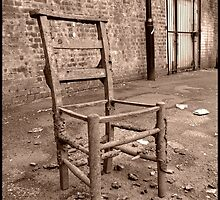 Broken Chair by GioiaT