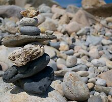 beach cairn by kejube