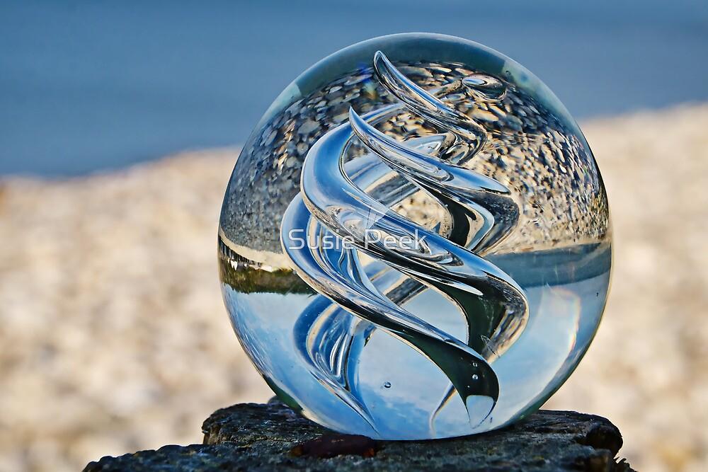 Swirls Of The Ocean by Susie Peek