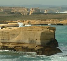 Joe Mortelliti Gallery - Port Campbell National Park, Great Ocean Road, Victoria, Australia.  by thisisaustralia