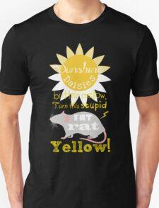 Sunshine daisies butter mellow... T-Shirt