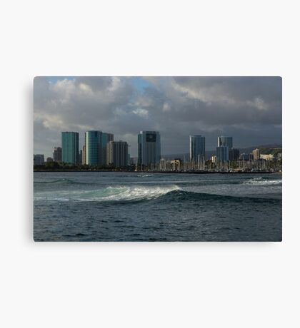 Sailing Into Honolulu, Hawaii Canvas Print